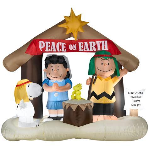 peanuts  schulz  peanuts nativity airblown christmas