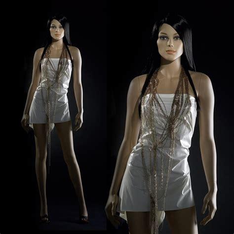 mannequin de vitrine mannequin femme de vitrine r 233 aliste mannequin effet naturel en vitrine