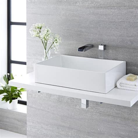 rubinetto per lavabo da appoggio lavabo bagno da appoggio quadrato in ceramica 360x360mm