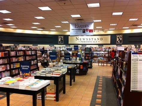 barnes and noble mayfair barnes noble booksellers bookstores yelp