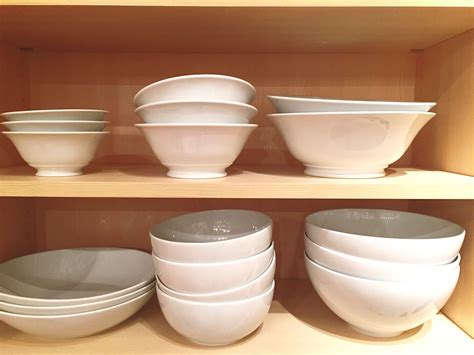 The Difference Between Stoneware, Porcelain, And Other