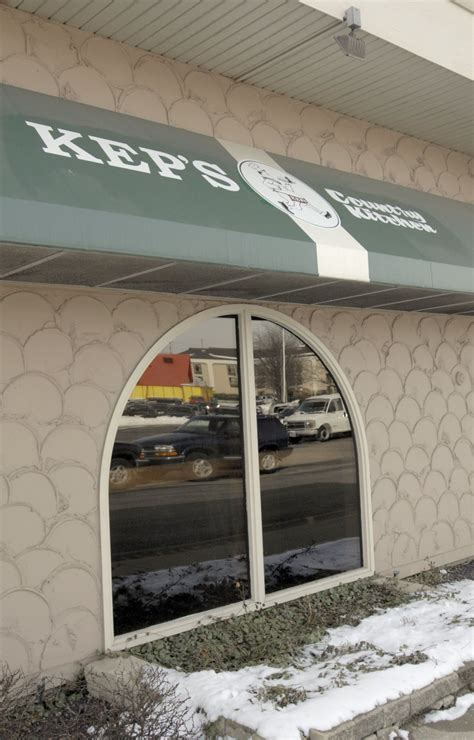 keps country kitchen bloomington il garden of paradise moving pantagraph 7626