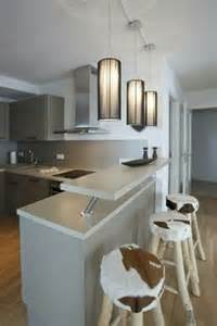 wohnideen holz naturstein wohnideen küche landhaus holz schränke naturstein theke essplatz
