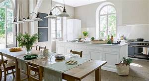 deco maison de campagne chic gallery of handsome cuisine With amazing meuble cuisine style campagne 4 decoration interieure deco classique chic dans un manoir