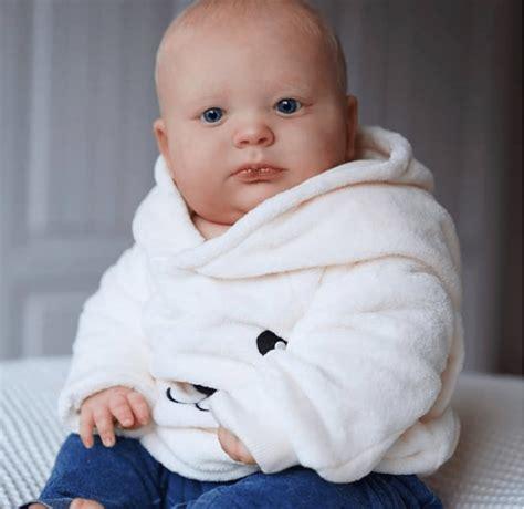 19 Brady Awake Realistic Reborn Baby Boy