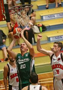 Hinder stands tall as rusty Hunters stumble | Newcastle Herald