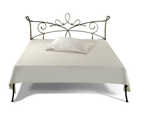 canapé lit 140x200 lit siracusa canapé lits romantiques iron