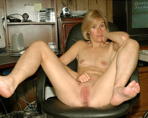 sex images american milf spread legs porn pics by the sex me