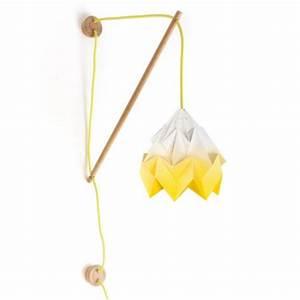 Origami Lampe Kaufen : lampe klimoppe gestuft in gelb von studio snowpuppe online kaufen hublery ~ Markanthonyermac.com Haus und Dekorationen