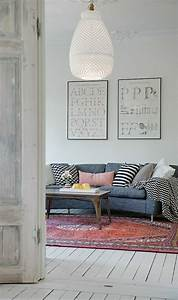 beaucoup didees pour comment decorer son salon With tapis rouge avec canapé style ancien