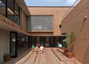 Architektur Für Kinder : kindergarten architektur 8 designs von fassade und interieur ~ Frokenaadalensverden.com Haus und Dekorationen