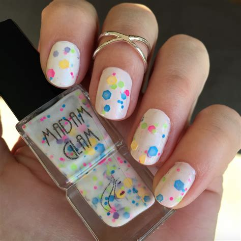 61625 Madam Glam Promo Code by Nails Of The Day Madam Glam S In A Bottle Vegan
