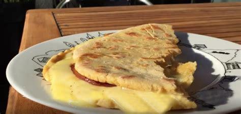 cours de cuisine pays basque talo ou taloa galette traditionnelle du pays basque