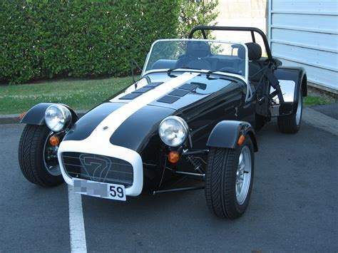 fiche technique caterham super  hpc auto titre