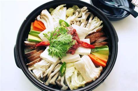 cuisine coreenne le beoseot jeongol 버섯전골 recette en français k