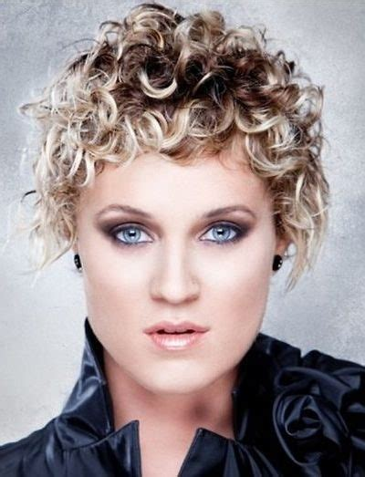very short curly hairstyles 2017