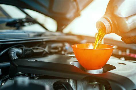 Kā izvēlēties labāko motoreļļu savam auto?   Octas.lv blogs
