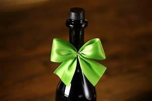 Schleifen Für Weihnachtsbaum : wein schleifen geschenk wein schleifen fertigschleifen schleifen weinflaschen schleifen ~ Whattoseeinmadrid.com Haus und Dekorationen