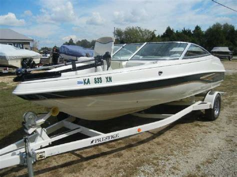 Ski Boat Lease by Caravelle Fish And Ski Boats For Sale