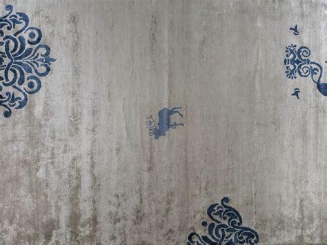 tappeto d erba tappeto in seta di bamboo cervo by erba italia design