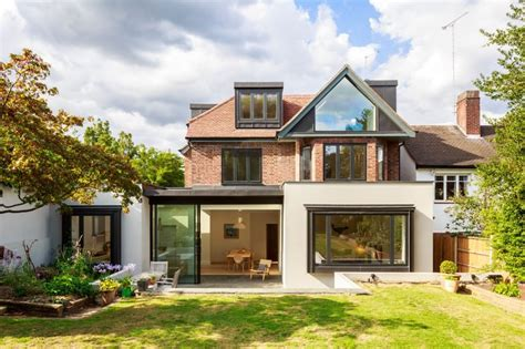 Extension Of A 1930s House In North London