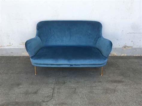 Divano Stile Anni 50 Azzurro