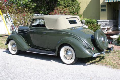 1936 Ford Club Cabriolet