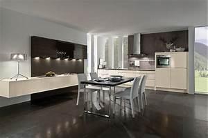 Küche Sideboard Mit Arbeitsplatte : moderne k che in akazie mit grauer arbeitsplatte ~ Sanjose-hotels-ca.com Haus und Dekorationen