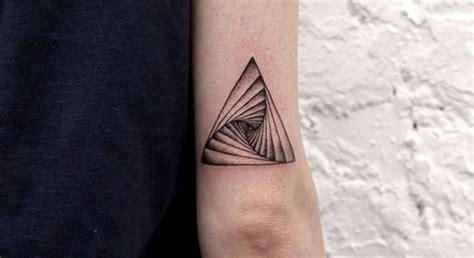 tout savoir sur la signification des tatouages