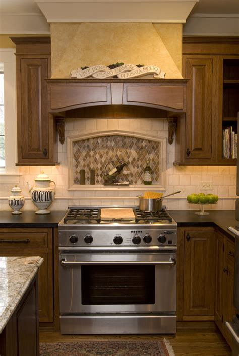 traditional kitchen backsplash ideas the granite gurus august 2011