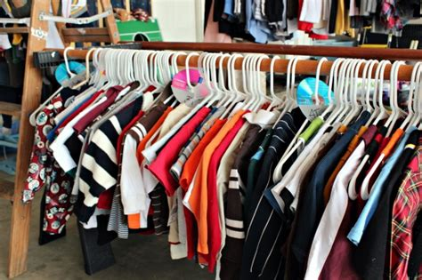 How To Organize Yard Sale Items