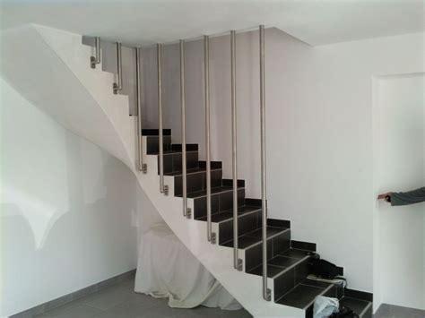 installer une courante dans un escalier poser une courante d escalier 28 images courante en bois d escalier pose de courante en