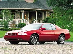 Cadillac Eldorado 2001 Wallpaper