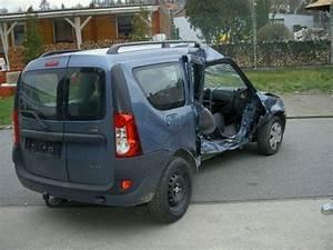 Petite Dacia : dacia logan mcv crash ~ Gottalentnigeria.com Avis de Voitures
