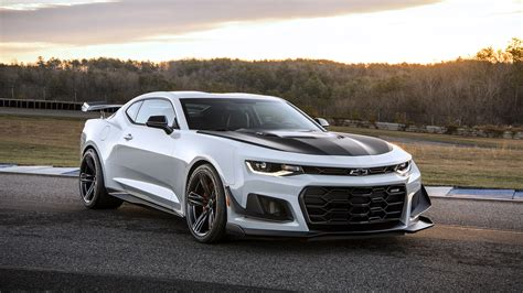 Chevy Camaro Zl1 Wallpaper by 2018 Chevrolet Camaro Zl1 1le Wallpapers Hd Images