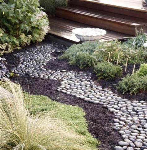 Deco Zen Jardin 60 Id 233 Es Pour Un Jardin Rocaille D Inspiration Japonaise 224 Partager