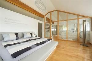 Bad Im Schlafzimmer : schlafraum mit ankleide und badezimmer modern ~ A.2002-acura-tl-radio.info Haus und Dekorationen