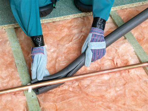 Insulating Attics And Roofs  Howtos Diy
