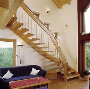 Geländer Aus Holz : holz bolzentreppe typ hb08 handlauftragende treppe aus eiche mit holz edelstahl gel nder ~ Buech-reservation.com Haus und Dekorationen