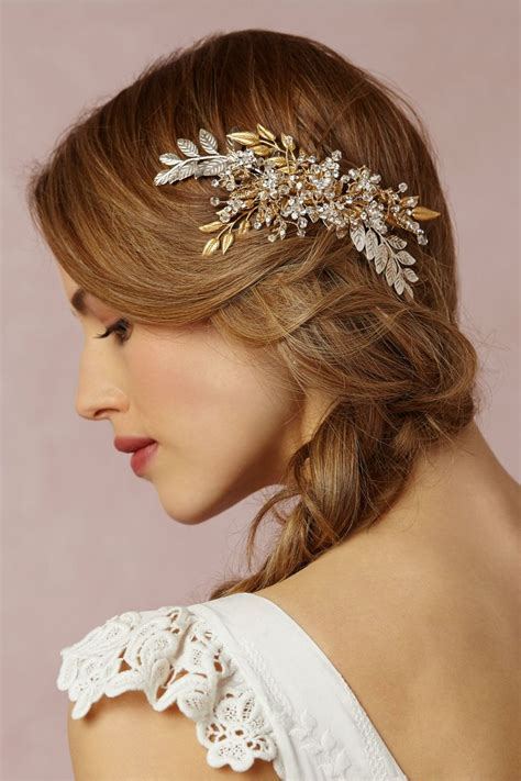 Wedding Hair Accessories by 24 Really Pretty Wedding Hair Accessories From Bhldn