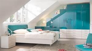 Jugendzimmer Gestalten Farben : einrichtungsideen schlafzimmer mit dachschr ge ~ Bigdaddyawards.com Haus und Dekorationen