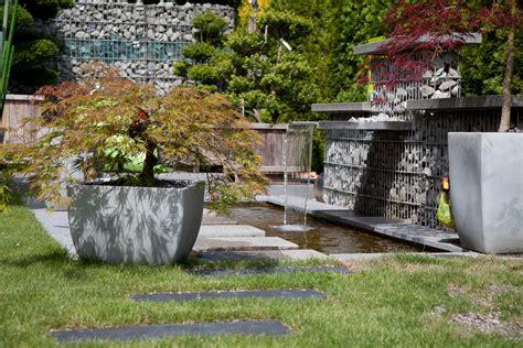 Wasserspiele Für Den Garten by Wasser Im Garten Gartenteiche Wasserspiele Brunnen Mehr