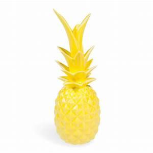 Ananas Maison Du Monde : statuette ananas en porcelaine jaune h 24 cm maisons du monde ~ Teatrodelosmanantiales.com Idées de Décoration