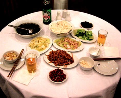 chinese dining etiquette chinese table manners 10 tips on chinese table manners international business