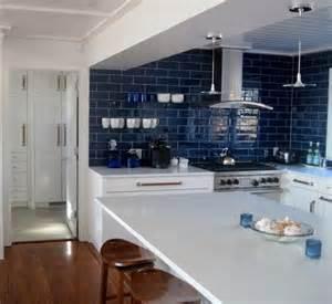 pictures of kitchen backsplashes with white cabinets 1000 images about h kitchen backsplash tile on