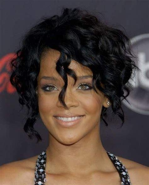 rihanna curly hairstyle rihanna curly
