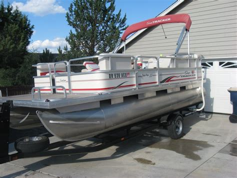 Used Boat Parts Redmond Oregon by 2006 Sun Tracker Pontoon Boat 20ft Oregon Redmond