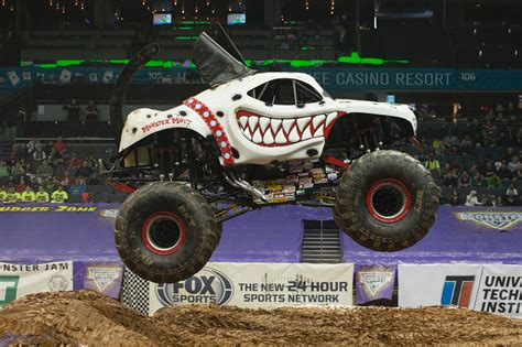 monster truck jam com first female canadian monster truck driver has need for