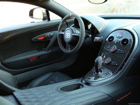 The full leather interior was indigo blue with. Bugatti Veyron Super Sport (2011) picture #92, 1600x1200