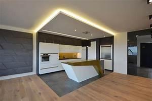Küche Indirekte Beleuchtung : beleuchtung schmidtischler ~ Bigdaddyawards.com Haus und Dekorationen